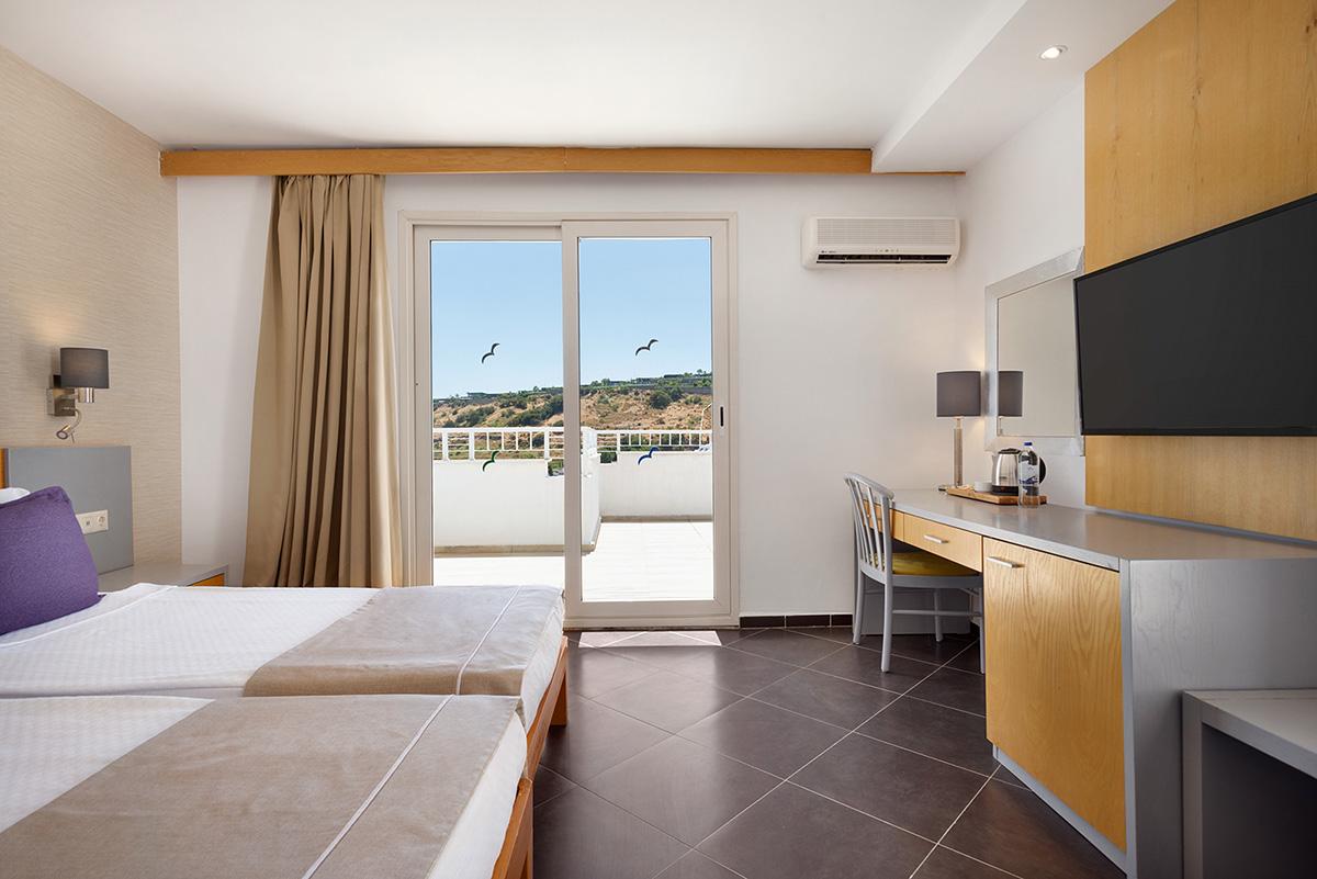 La-Quinta-By-Wyndham-Bodrum---Club-Room-Sea-View---1474059