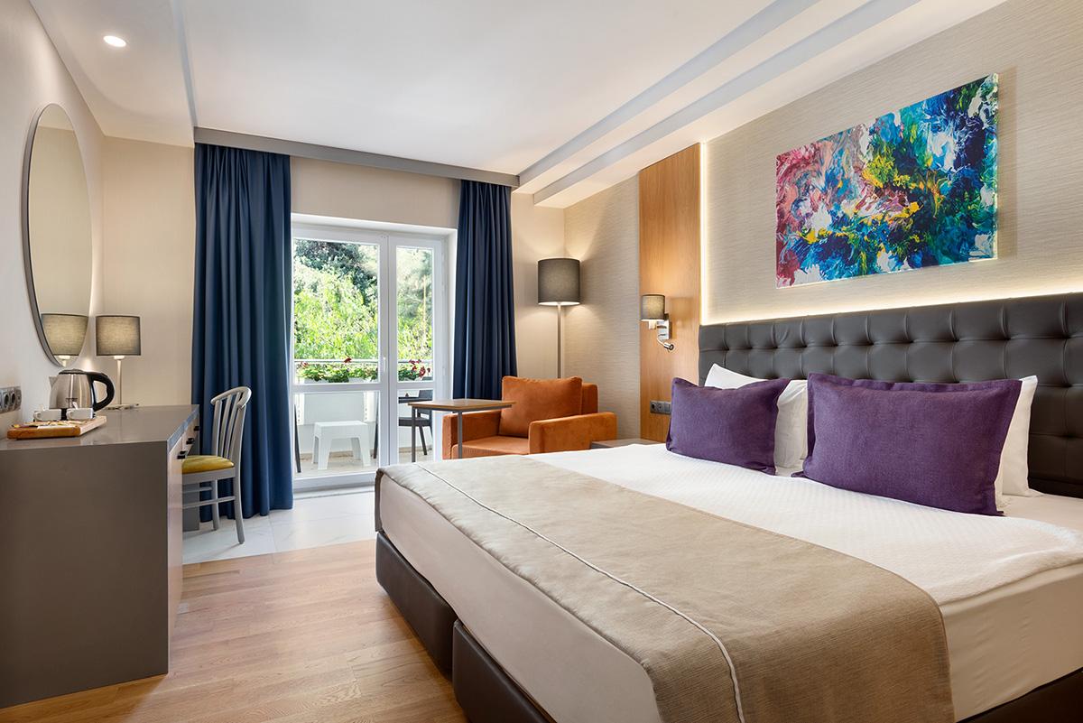 La-Quinta-By-Wyndham-Bodrum---Hotel-Room-Land-View---1474089